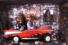 skeletons in pimp car